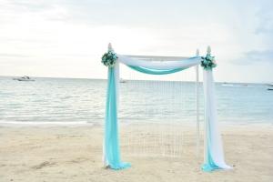 arch on beach
